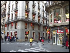 Digital photo titled kfc-and-mcdonalds-on-la-rambla