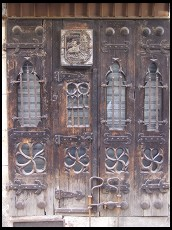Digital photo titled old-city-door