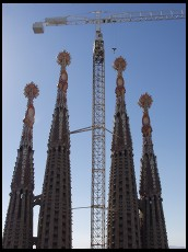 Digital photo titled sagrada-familia-four-towers-and-crane