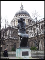 Digital photo titled dual-statue-and-st-pauls
