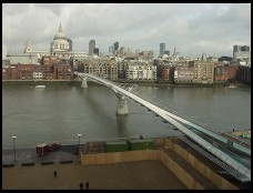 Digital photo titled st-pauls-and-bouncing-footbridge-from-tate-modern