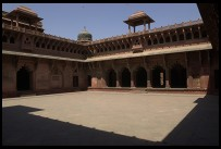 Digital photo titled agra-fort-red-courtyard