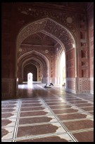 Digital photo titled mosque-at-taj-mahal