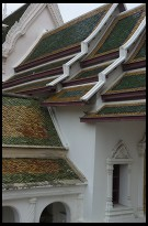 Digital photo titled nakhon-pathom-chedi-temple-roofs