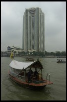 Digital photo titled peninsula-hotel-and-boat