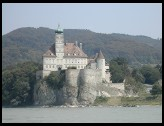 Digital photo titled castle-on-the-danube