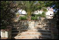 Digital photo titled villa-faro-steps