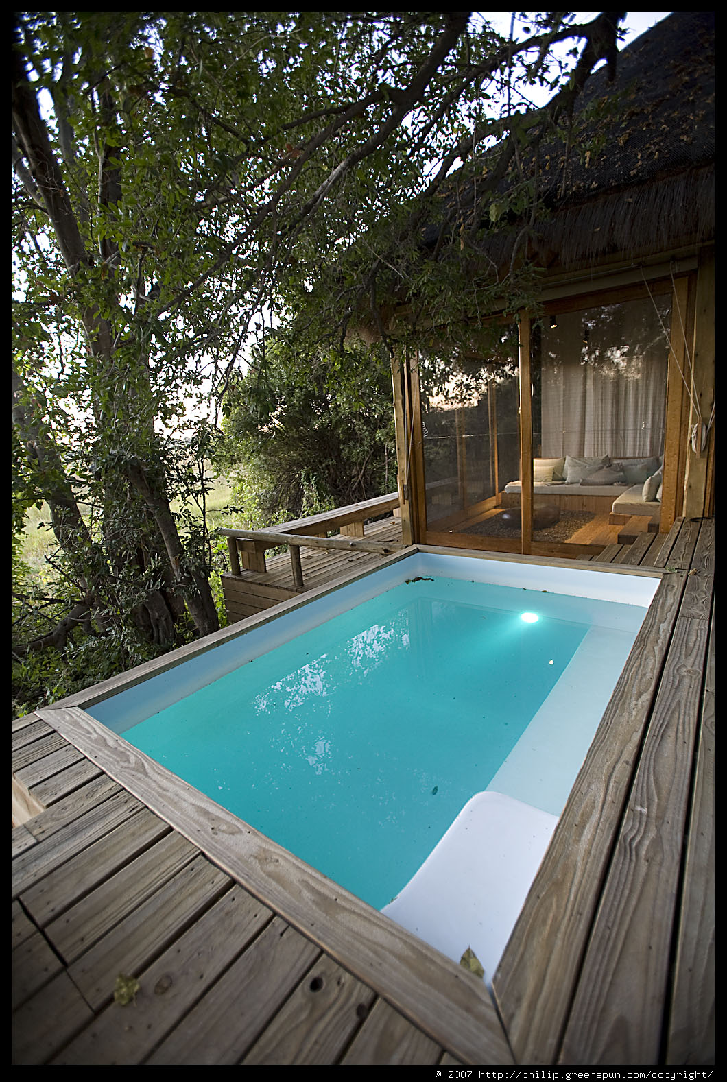 Photograph by philip greenspun room plunge pool for Plunge pool design uk