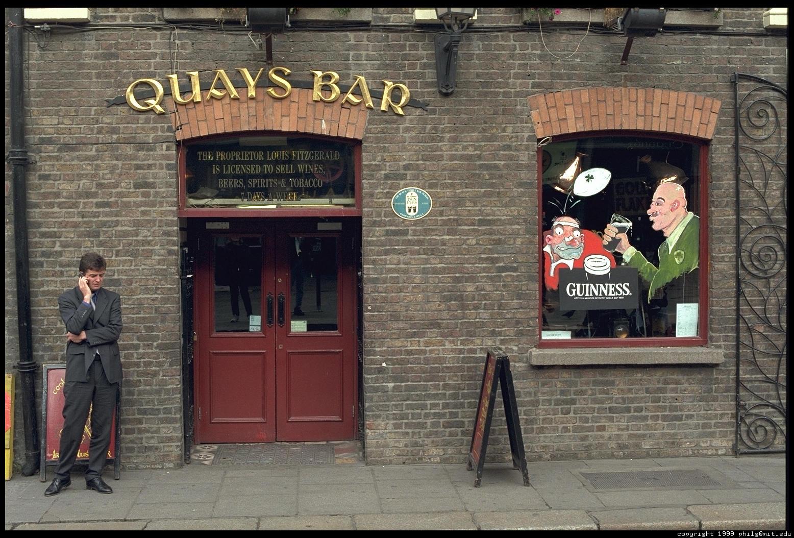 IRLANDA (fiestas paganas, filtros de amor y maldiciones) -En CONSTRUCCION- - Página 3 Dublin-temple-bar-69.4
