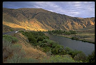 Yakima River Valley (Washington State).