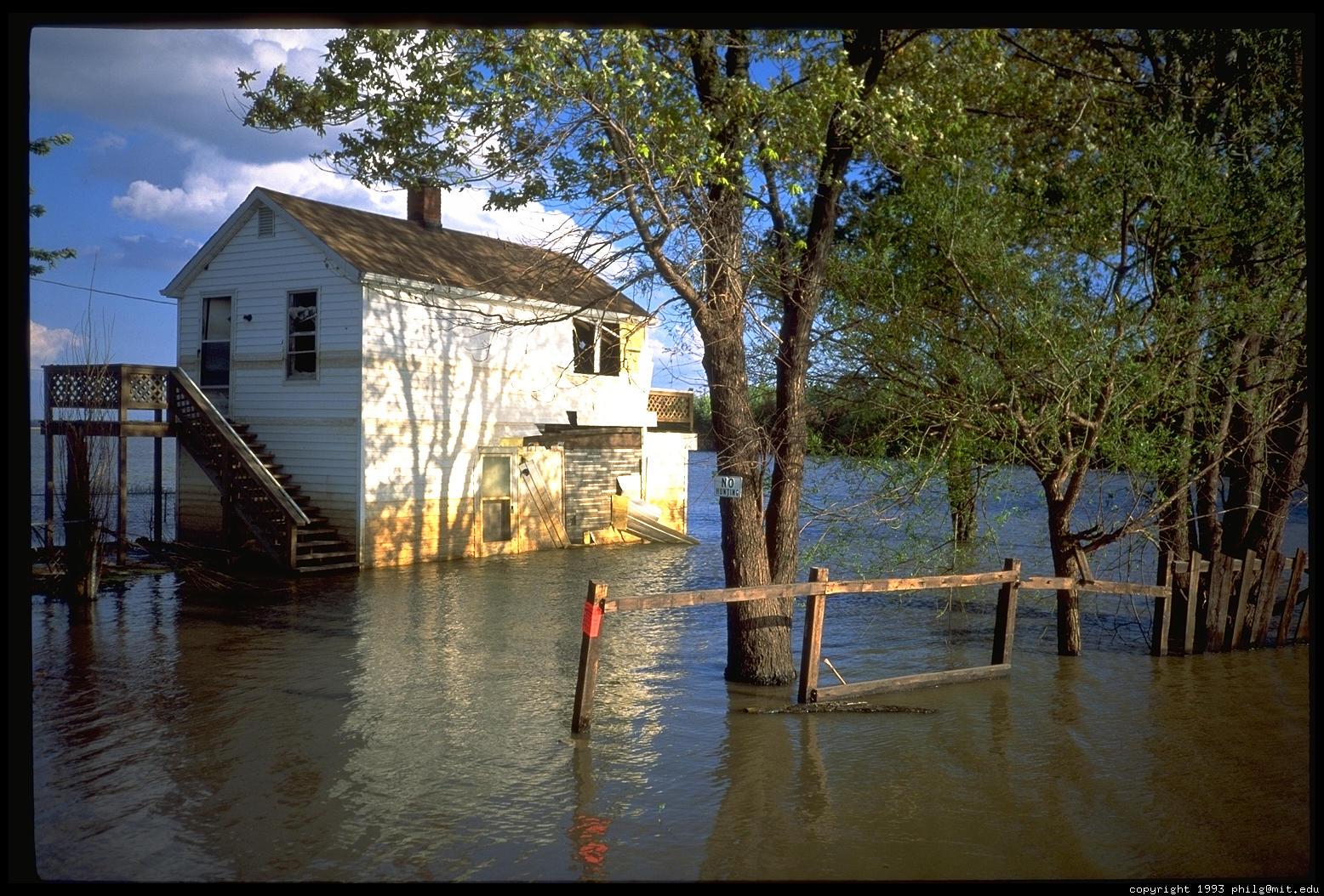flood-house-34