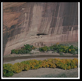 Canyon de Chelly (northeast Arizona).
