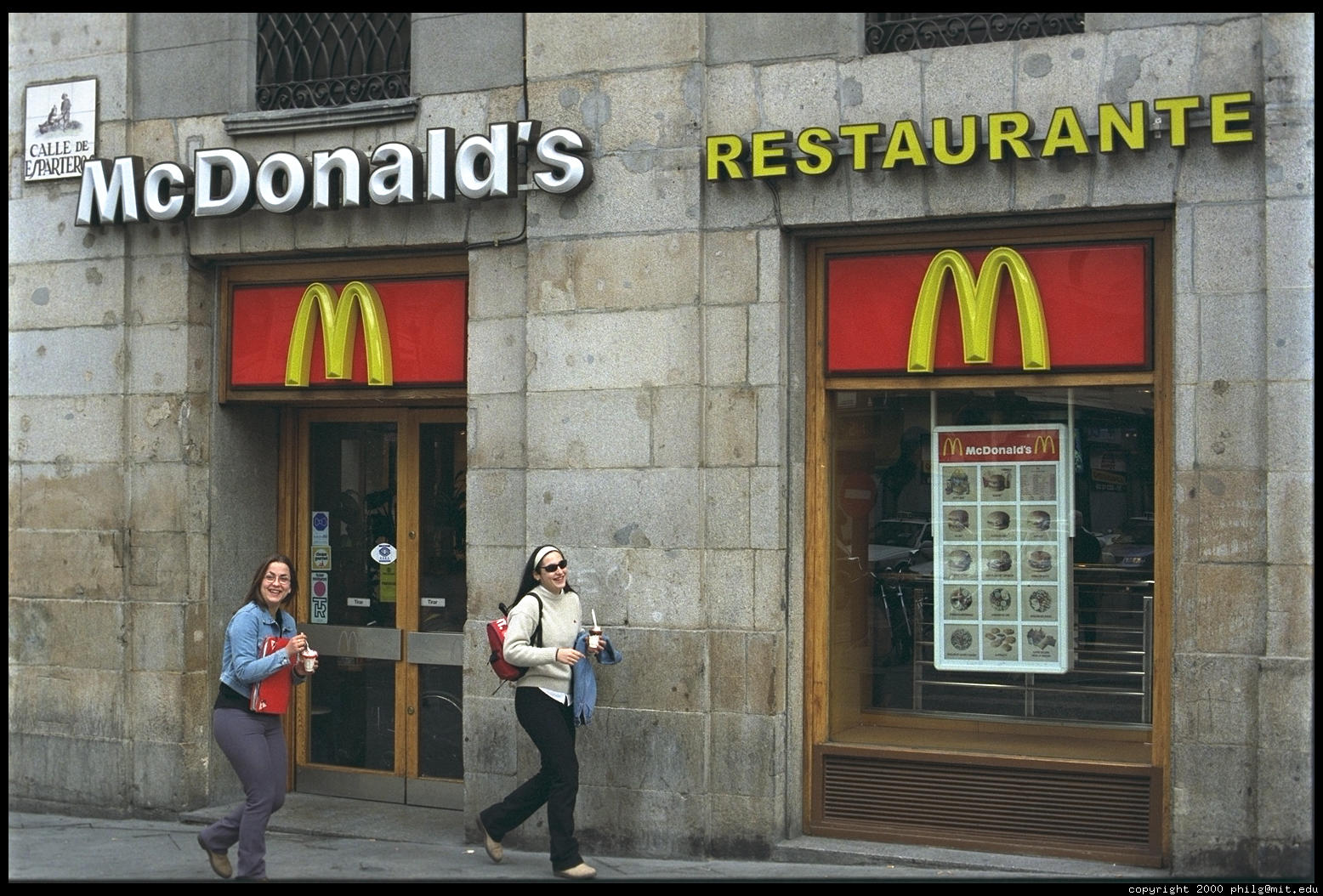Madrid mcdonalds 55 for Oficinas mcdonalds madrid
